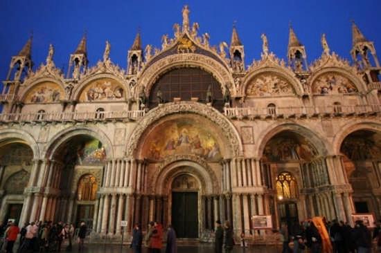 Venezia_1-04-19-01-3795