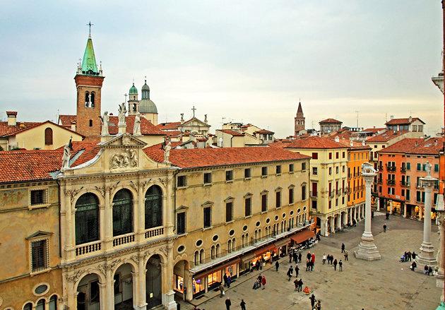 italy-vicenza-main-square